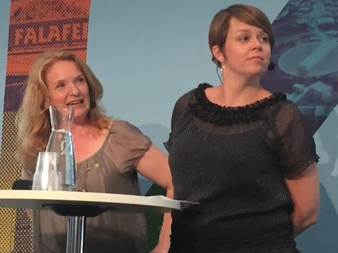 Annika Roman och Katrin Stjernfeldt Jammeh.
